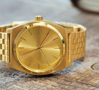 Reloj nixon correa dorada
