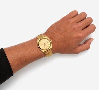 Relojes Nixon muñeca dorado